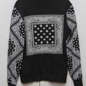 Bandana Black Sweater